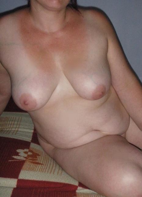nadržený erotická masáž malé prsa